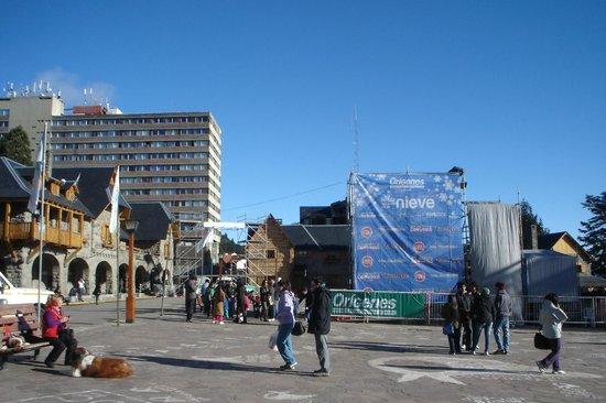 Hotel Carlos V Patagonia Bariloche: Centro Civico de Bariloche