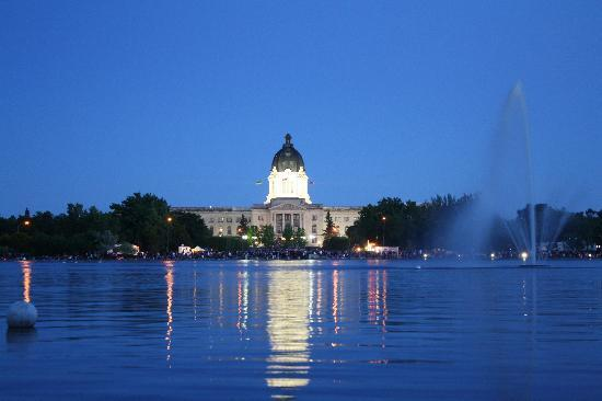 Regina, Canada: Legislative Building at night