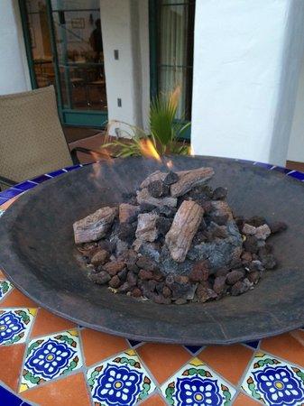 Spanish Garden Inn : Lovely firepit