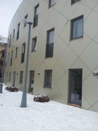 Kaunas Hotel : rear rooms exits