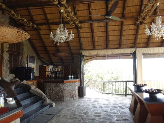 Tshukudu Bush Lodge: lobby