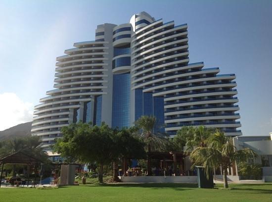 Le Meridien Al Aqah Beach Resort : le meridien