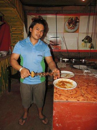 Trattorias Restaurant: Tandoori man !