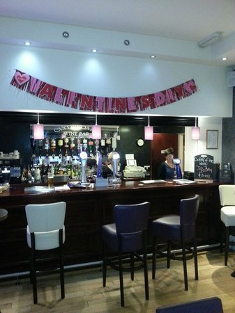 Clydesdale Hotel: Bar