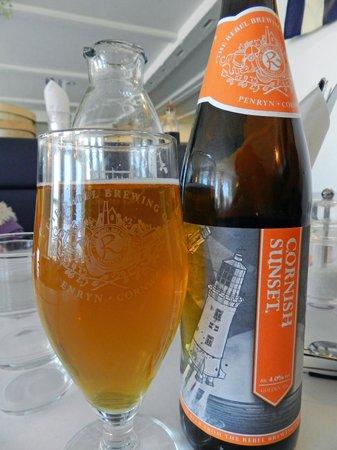 Roseland Cafe: Local ale