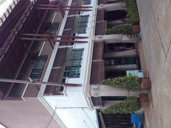 Lanta Mermaid Boutique House: Exterior
