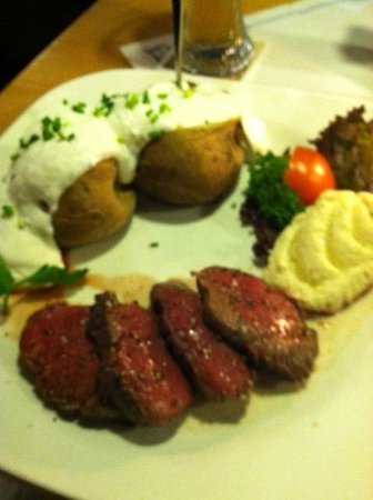 Restaurant Ochs-n Willi: Beef from the Spit
