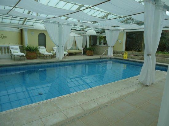 La Mirage Garden Hotel & Spa: Piscina parte del SPA e Hidromasaje