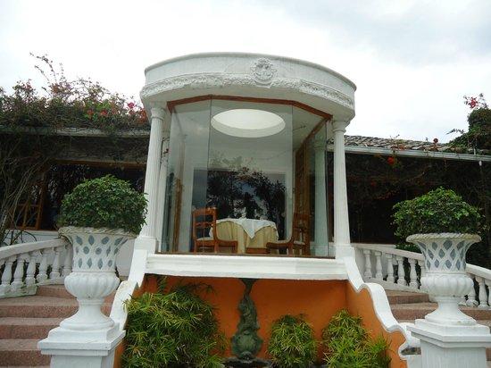 La Mirage Garden Hotel & Spa: .Vista del Comedor desde el Exterior