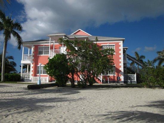 Sandyport Beach Resort: Each building was configured for 8 rooms
