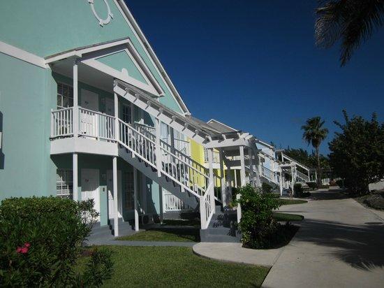 Sandyport Beach Resort: Love the colors