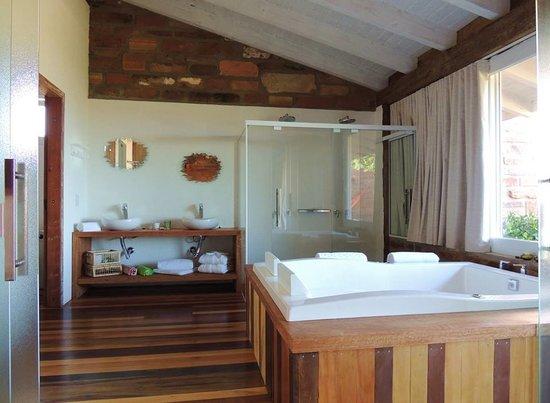 Hospedaria Ponta Da Piteira: Suíte Premium Alecrim