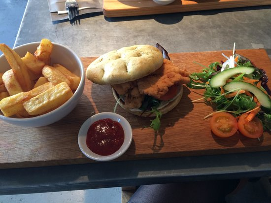 The George: Chicken breast burger and chips - amazing