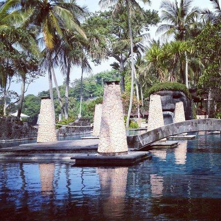 Sheraton Senggigi Beach Resort: Swimming pool