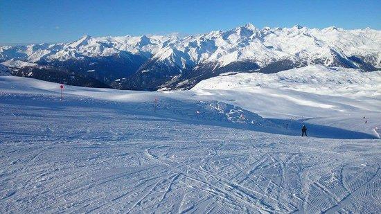 Hotel Eden: Empty slopes in Madonna di Campiglio