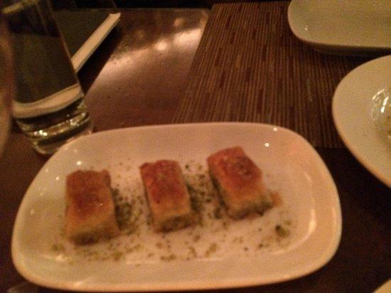 Pera Mediterranean Brasserie : Baklava