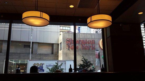 Lindy's : Sheraton next door