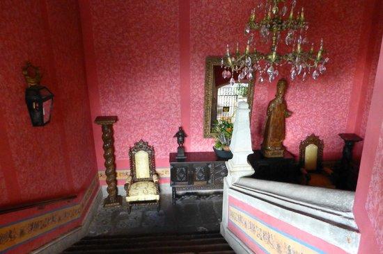 Palacio de Dona Leonor : Hotel Interior staircase