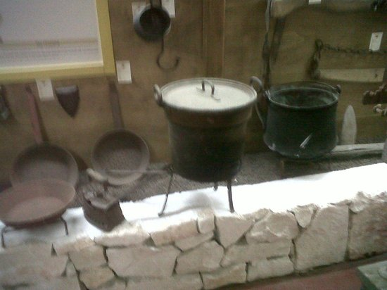 Cantina Albea winery and museum: la caldar...