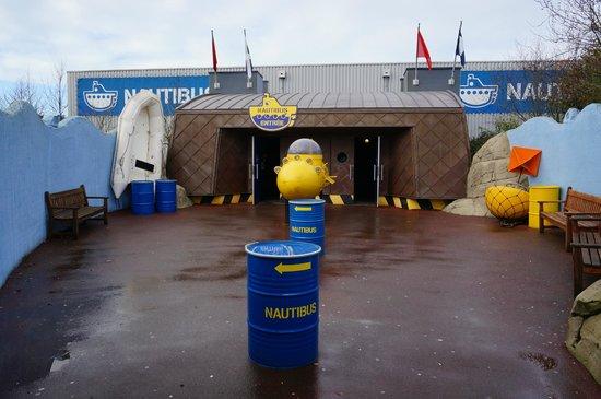 Grand Aquarium : entrée du nautibus