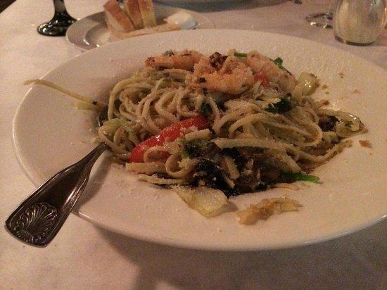 Lo Grasso's Cafe Bistro : Pasta primavera with shrimp. Yum.