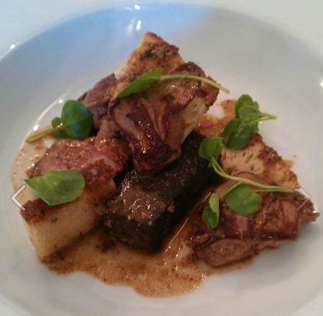 barretts bistro -CLOSED: Pan fried chicken livers and Barrett's black pudding with toasted Rosemary and rock salt bread
