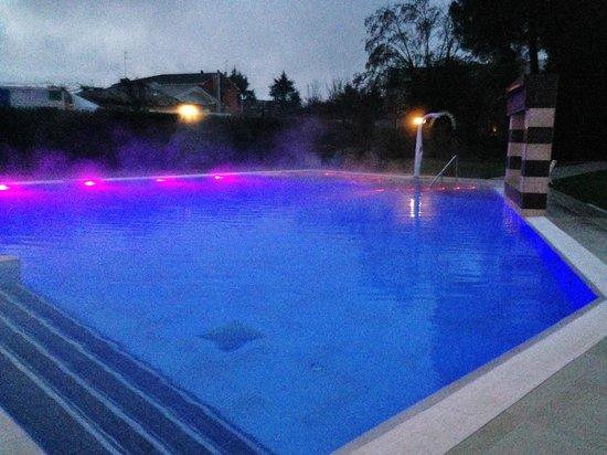 Esterno piscina california foto di hotel mioni pezzato abano terme tripadvisor - Hotel mioni pezzato ingresso piscina ...