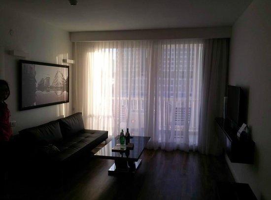 Sea Executive Suites: living area in the junior suite