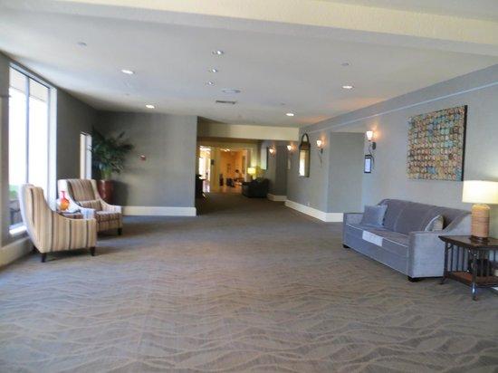 Toll House Hotel : hallway