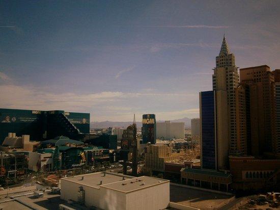 Park MGM Las Vegas: 18 th floor strip view