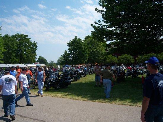 Gilmore Car Museum: Bike Parking