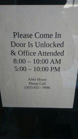 Denver International Youth Hostel: Al menos no está 24 hs cerrado jaja