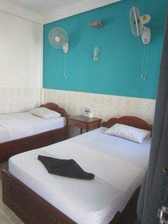 Mad Monkey Hostel Siem Reap: Poolside room (room 71)