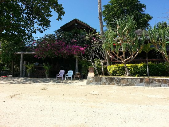 Silver Sea Phuket Beach Villa: our beach villa
