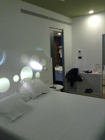 Room Mate Pau : chambre 210
