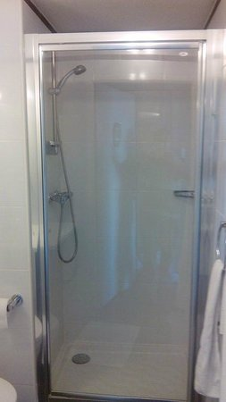 Residhome Appart Hotel Tolosa: Douche