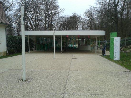 Entr e du zoo fotograf a de parc zoologique botanique for Parc zoologique 78
