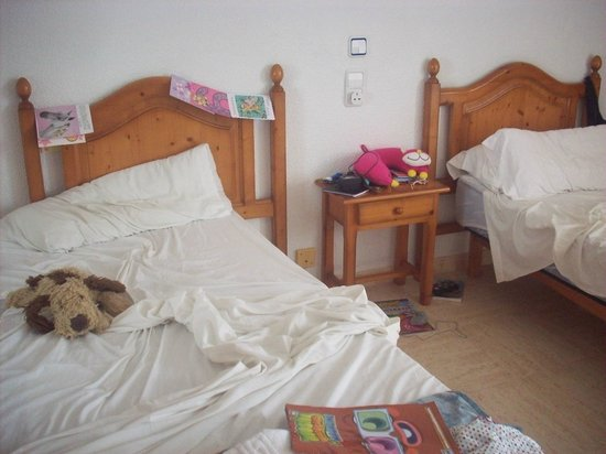 Playa Moreia Apartments : Childrens bedroom
