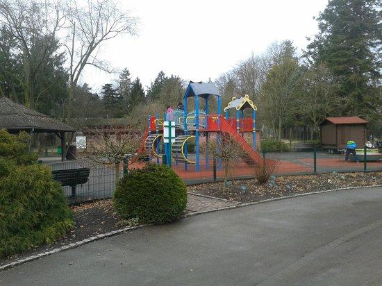 Aire de jeux photo de parc zoologique botanique de for Parc zoologique 78