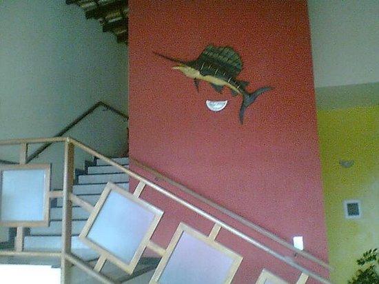 Pousada Timoneiro : Escada para os quartos