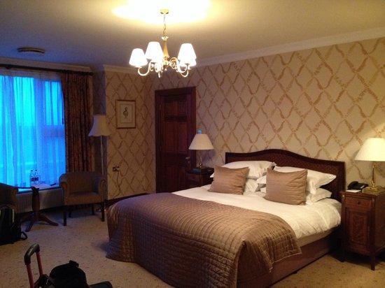 Glenlo Abbey Hotel: Beautiful room!