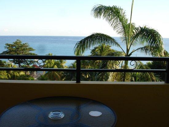 Jewel Dunn's River Beach Resort & Spa, Ocho Rios,Curio Collection by Hilton: Diamond Blg. 4th floor, Fch door room view