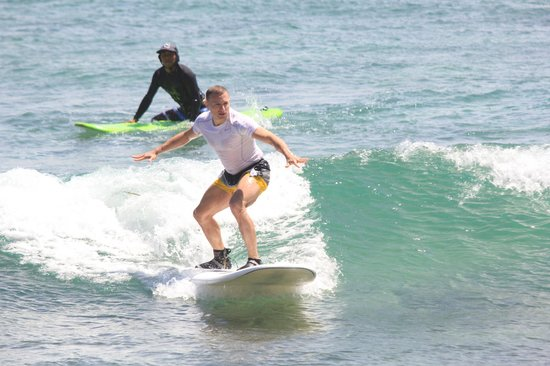 Cabo Surf Hotel: Surfing lessons
