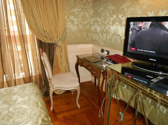 Baglioni Hotel Luna: Bedroom