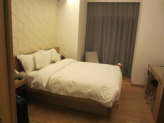 H-hotel Riverside : Superior Double Room
