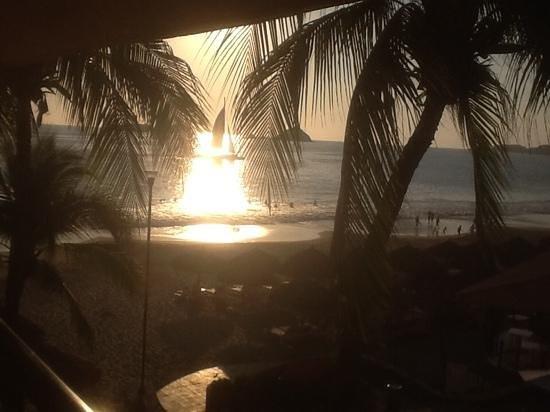 Holiday Inn Resort Ixtapa : picante sunset criuse