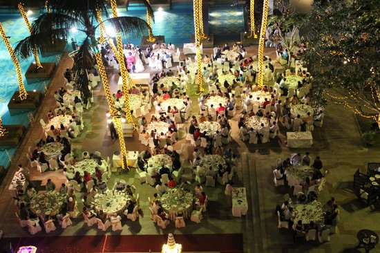 Chatrium Hotel Royal Lake Yangon : sizeable wedding