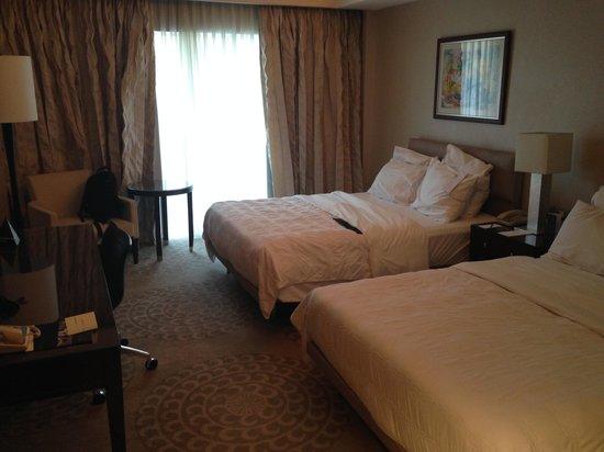 Le Meridien Pyramids Hotel & Spa : my room