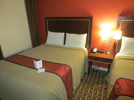 Ramada Edmonton Yellowhead NW : 2nd bed