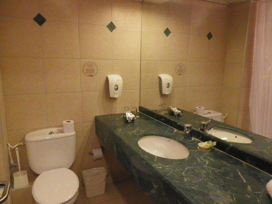 Hagoshrim Hotel & Nature: Clean bathroom